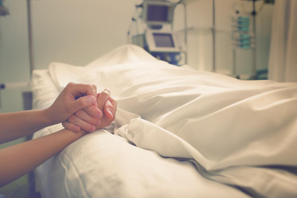 大切な人の死を乗り越えられない…喪失感や痛みをなんとかするには?