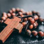 宗教二世の悩み…恋愛、親子の縁、生きづらさと理解されない場合の解決策は?